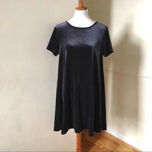 NEW Vineyard Vines Velvet T-Shirt Dress